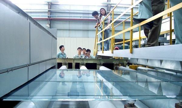 Float-glass-production