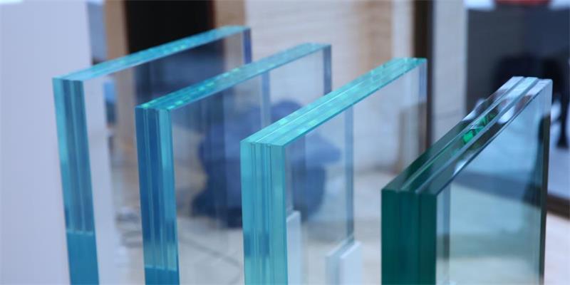 China low iron glass-ultra glass supplier